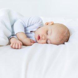 5 lucruri pe care trebuie sa le stii despre nou nascuti