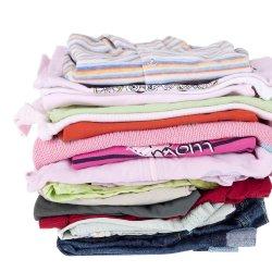 Ce sa faci cu hainele copilului tau atunci cand ii raman mici? Iata cateva idei!