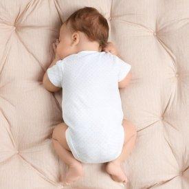 Cum alegem hainele unui nou nascut