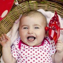 Top 5 haine pentru nou nascuti care nu trebuie sa lipseasca din garderoba celui mic vara aceasta