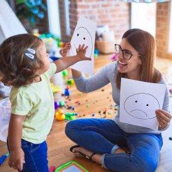 Cum sa intelegi limbajul copilului tau cand incepe sa vorbeasca?
