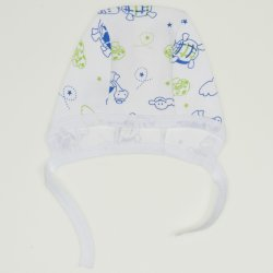 White baby bonnet with turtles print