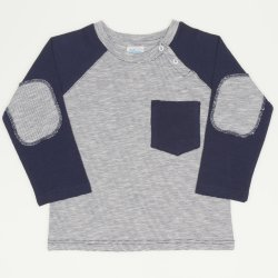 Grey long-sleeve tea with navy blue pocket