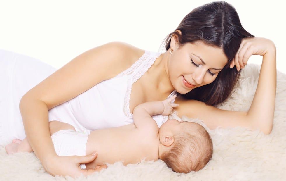 Mamica cu bebelusul