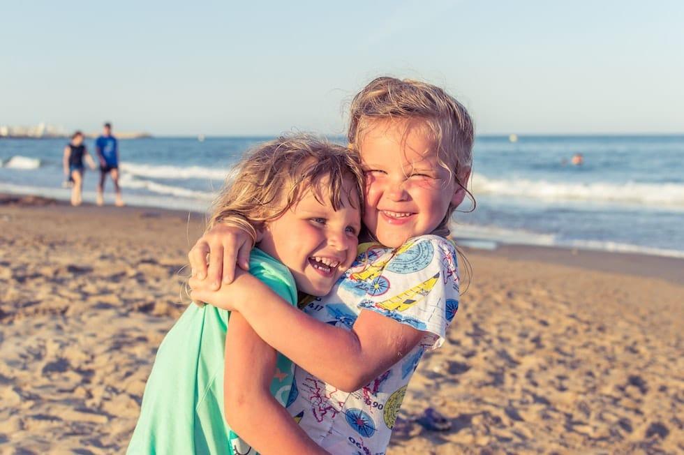 Copilasi fericiti la mare 1