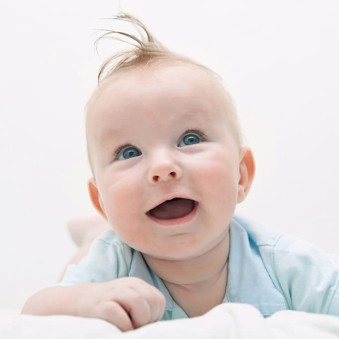 Raiul hainelor pentru bebe