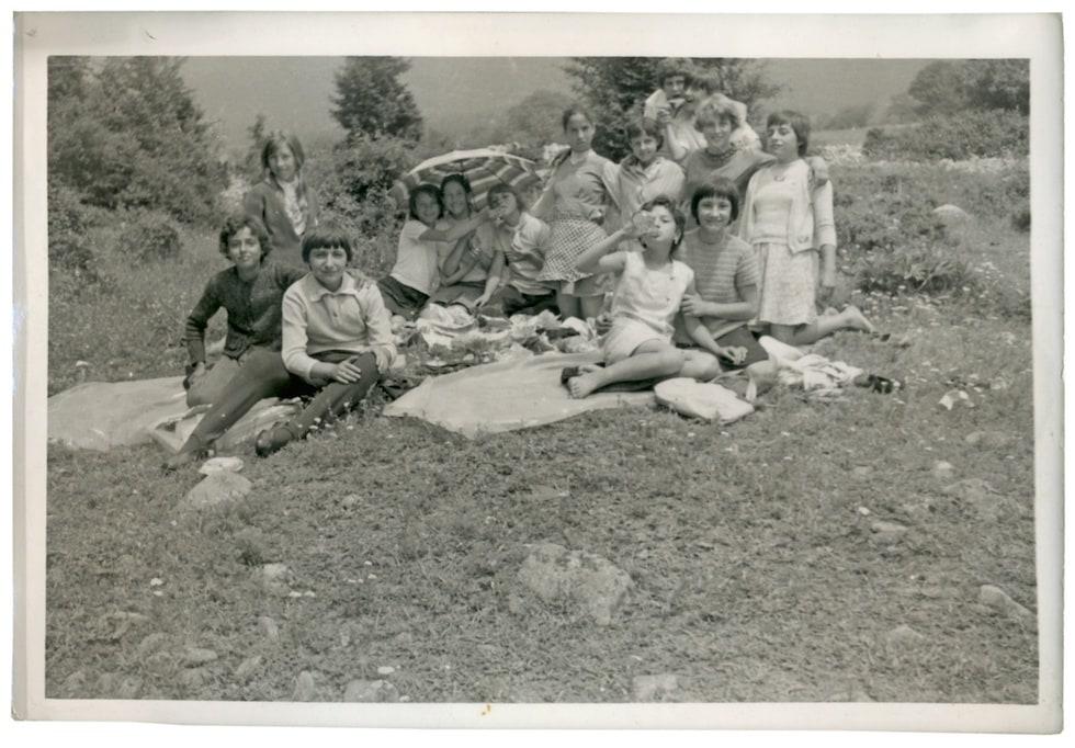 Poza veche copii picnic