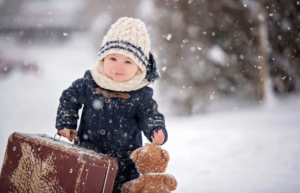 Imi iau jucariile si imi schimba garderoba cu cea de iarna